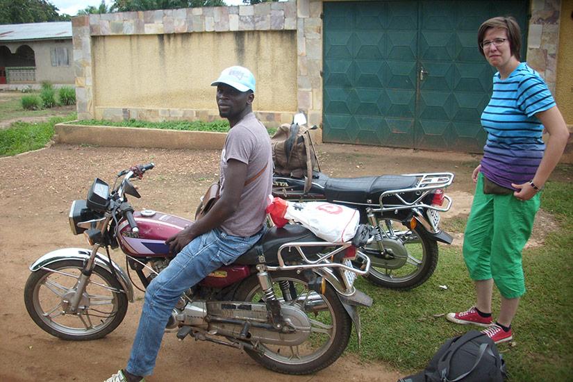 Motos - übliche Verkehrsmittel in Togo